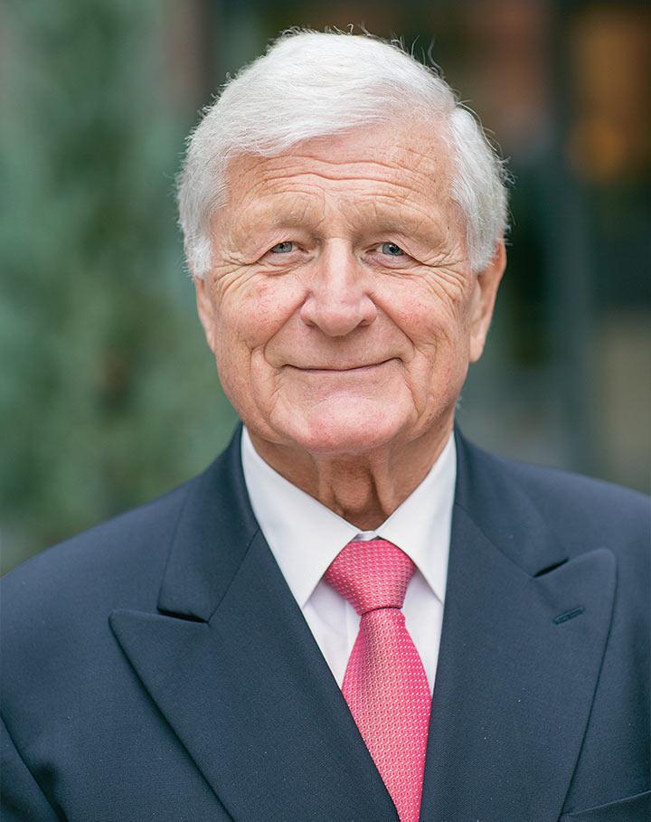 Luigi Frasa, membro