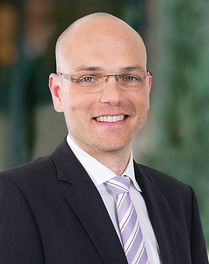 Dr.Luca Stäger